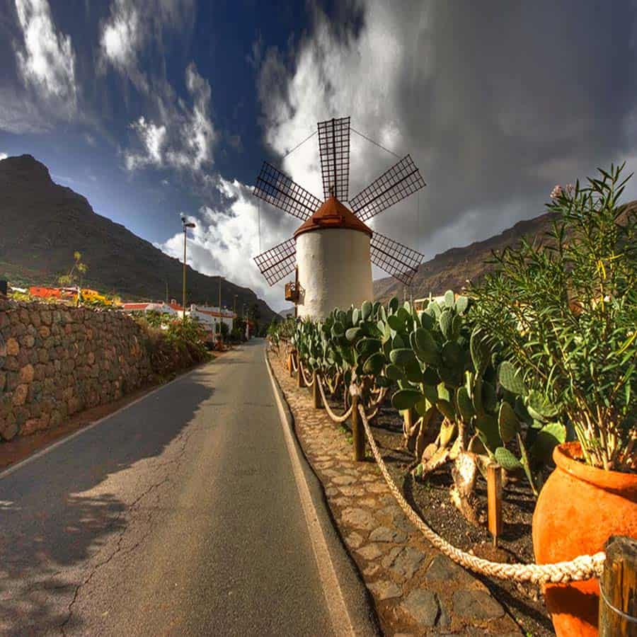 Cycling Gran Canaria - mountain bike vacation - Mogan Molino de Viento